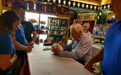 Bases Loaded to host Marv Levy and Jamie Mueller for autograph-signing event